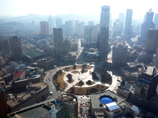 大連賓館 大連は中国東北部遼寧省南部、遼東半島の南端の都市です。中国でも非常に都会... 大連の